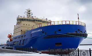 俄罗斯万吨破冰船外形非常霸气