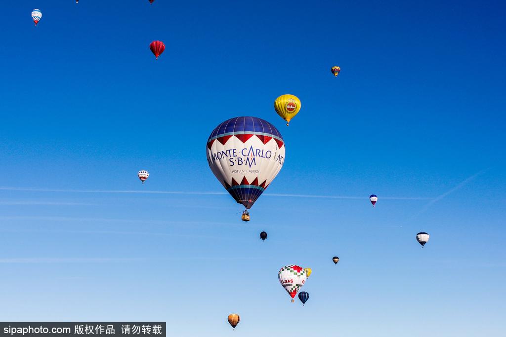 飞屋环游记 盘点热气球升空点缀蓝天美景