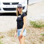 卡莉·克劳斯 (Karlie Kloss) 现身加勒比海St. Barts岛