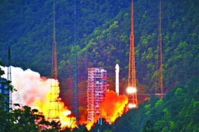 """中国成功发射""""最强通信卫星"""" 可化解一难题"""