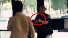 猖狂!男子挑衅殴打女警官 被开枪击中不服软