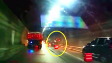 隧道突发连环车祸 小伙示警被撞身亡