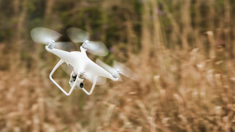 DJI大疆创新发布精灵Phantom 4 Advanced无人机