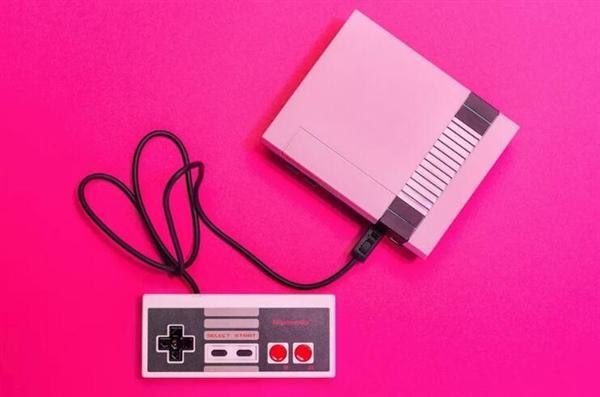 任天堂经典版NES游戏机停产:销量奇迹