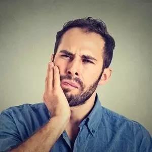 喝口冷水都酸痛?牙齿敏感怎么办?