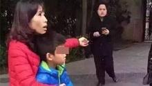 男子当街抢小孩 遭众路人活活生擒