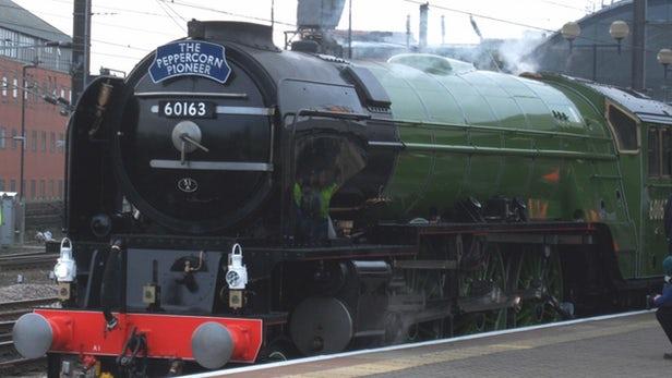 50年来英国蒸汽火车首次跑出161公里/小时