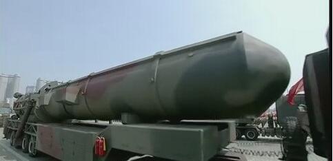 外媒狂猜朝鲜武器库 新型洲际导弹或只是模型
