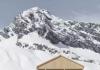能在海拔2000米山顶喝酒的雪场木屋