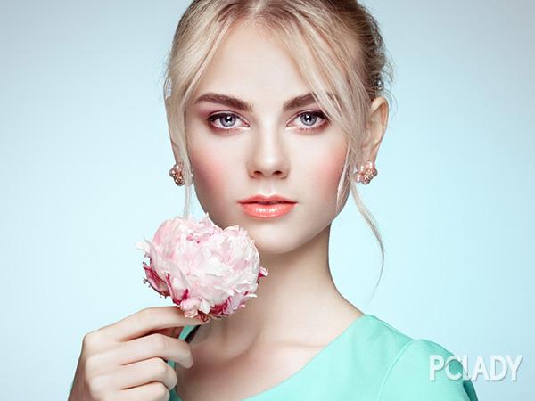 结婚季节新娘妆的画法 让你成为最美的女人