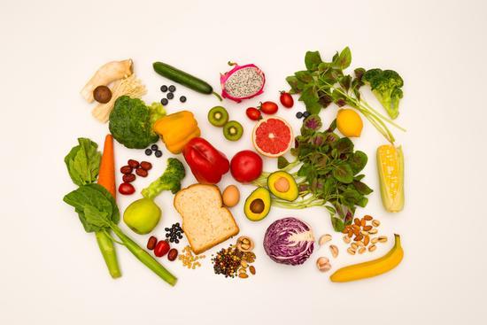 三种水果加重老胃病 千万别吃错!