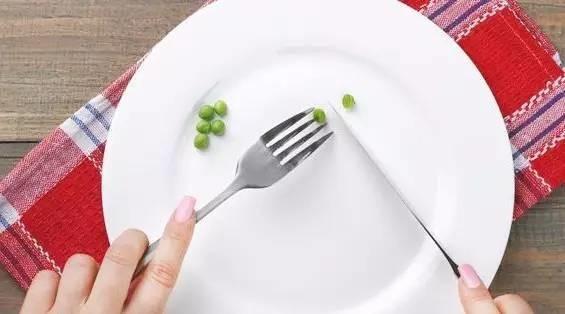 饿也是一种养生法!专家:做不到这4点等于白搭……