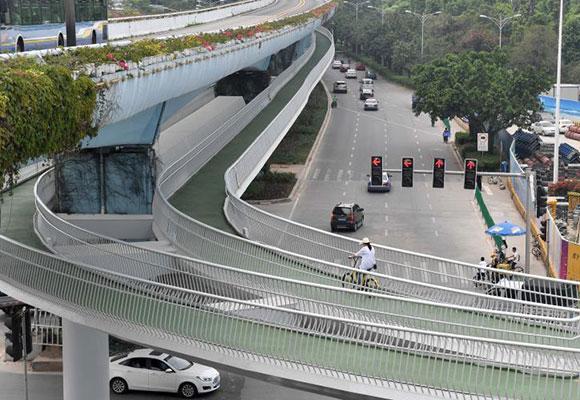 厦门空中自行车道全长7.6公里 系中国首条