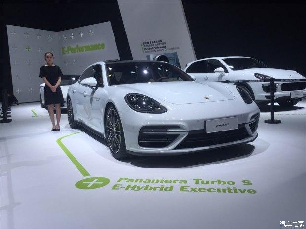 2017上海车展:Panamera两款行政加长版
