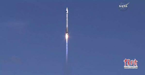 """我国""""翱翔一号""""卫星在美国升空"""