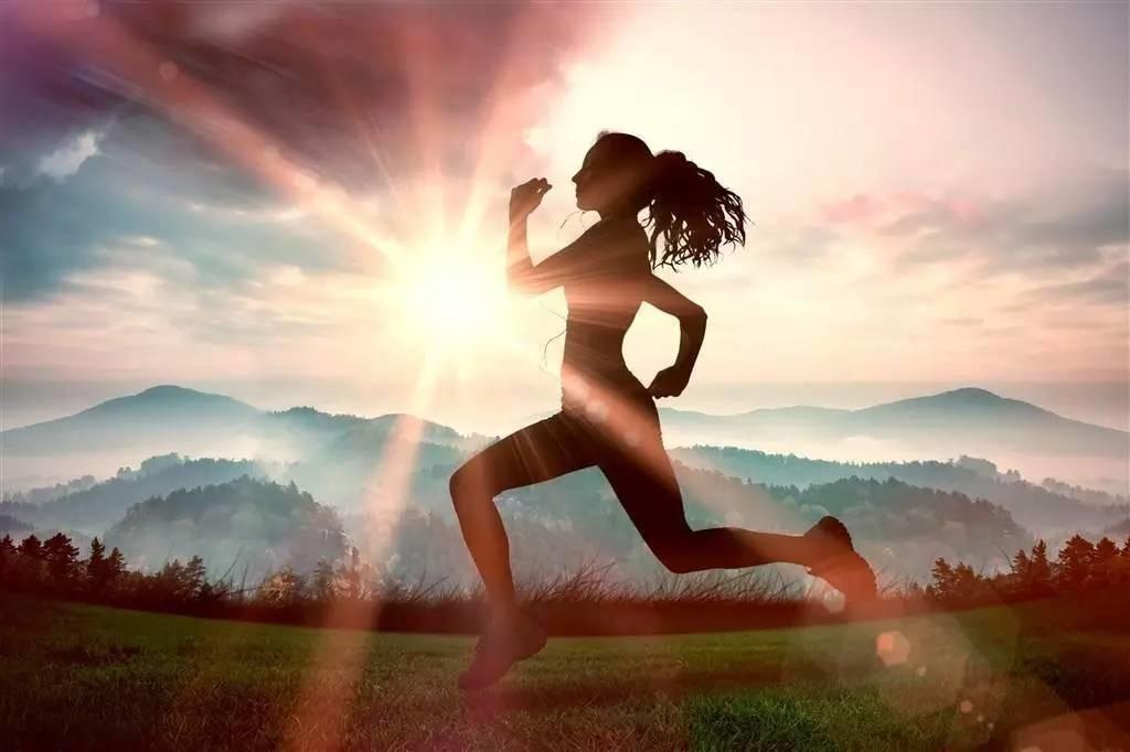坚持跑步的人生赚翻了!8个好处让你无法拒绝