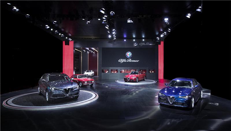 阿尔法•罗密欧进驻中国 携两款重磅车型亮相上海