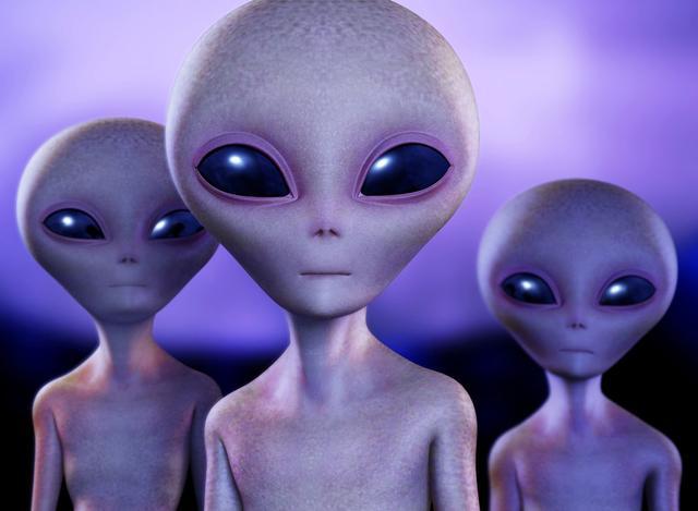 Reddit网站用户分享离奇经历 包括遭外星人绑架