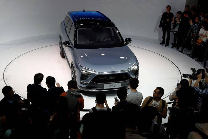 蔚来首款量产车ES8 SUV明年在华上市