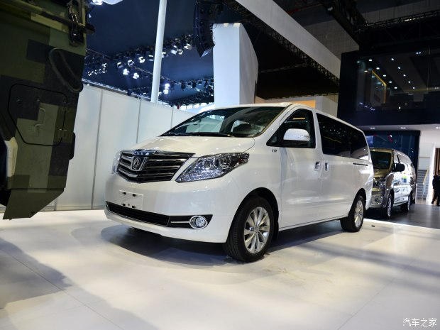 2017上海车展:东风风行新款CM7发布