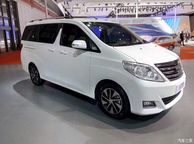 2017上海车展:野马首款MPV—M70亮相