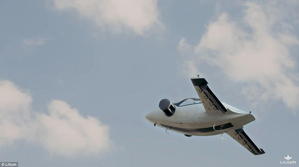 垂直起降电动飞机成功试飞 的士价格还可拼乘
