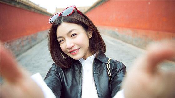 陈妍希游故宫笑容好看吗