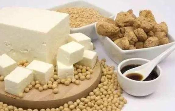 豆浆,豆干嘌呤含量并不高,豆制品痛风病人要怎么吃?