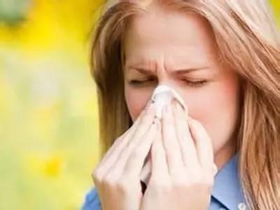 刮痧,开穴,艾灸中医疗法教你缓解过敏性鼻炎