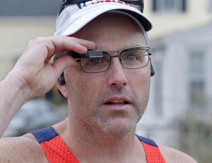 智能眼镜+视觉解读 帮全盲选手完成马拉松赛