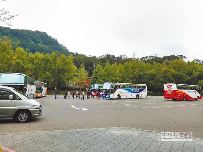 台湾旅游业:近一年陆客团较同期大减97万少赚516亿
