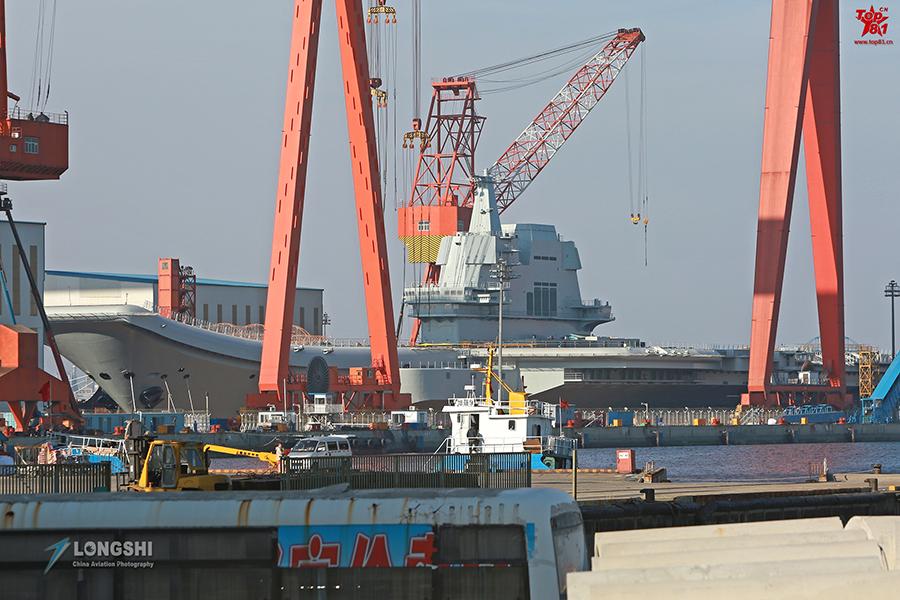 中国需利用好国产航母 让它带来尊重和敬畏