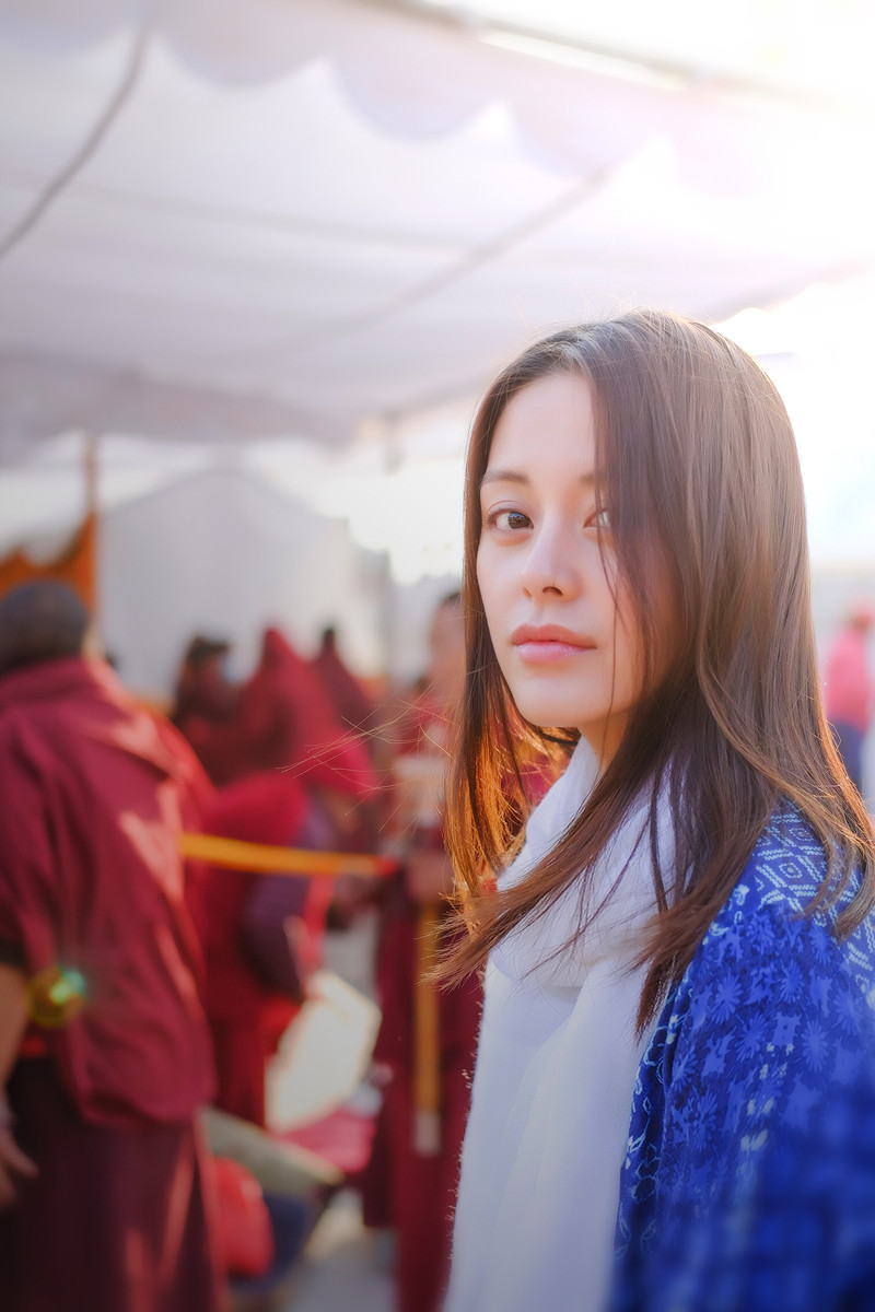 王力可尼泊尔最新写真曝光温婉恬静仙气十足