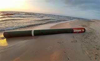 俄罗斯鱼雷出现在立陶宛海岸边