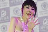 49岁萧蔷梳齐刘海认得出来吗