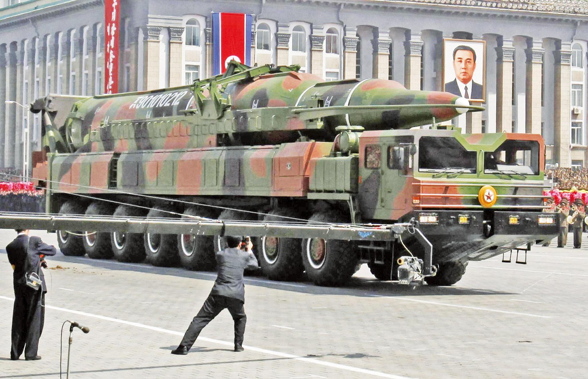 朝鲜想击沉美国航母靠谱吗?被指不会主动动手