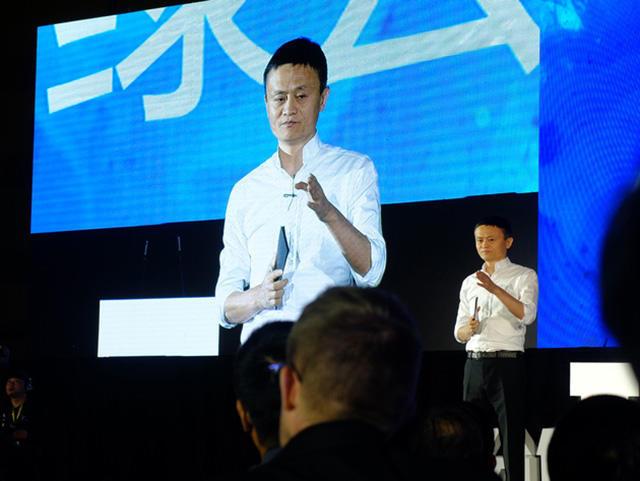 马云:30年后世界最佳CEO或是机器人