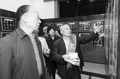 """中国航天日 听听河南""""老航天""""的故事和心事"""