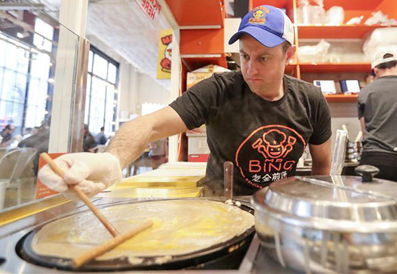 """纽约人""""老金""""的煎饼大业:在美国略显""""非主流"""""""