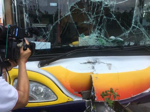 陆客团游览车在台发生事故 6人轻伤送医