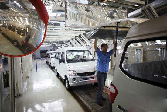 中国汽车销量2025年预计达3500万 20%为新能源车