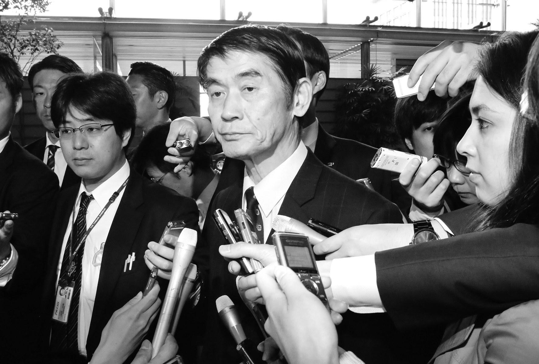 日复兴大臣轻视灾民引咎辞职,国内舆论直指安倍内阁