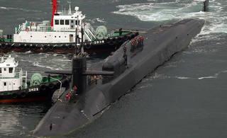 离朝鲜最近的美国核潜艇有多牛