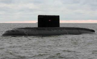 韩海军追击三天三夜逼出俄罗斯潜艇