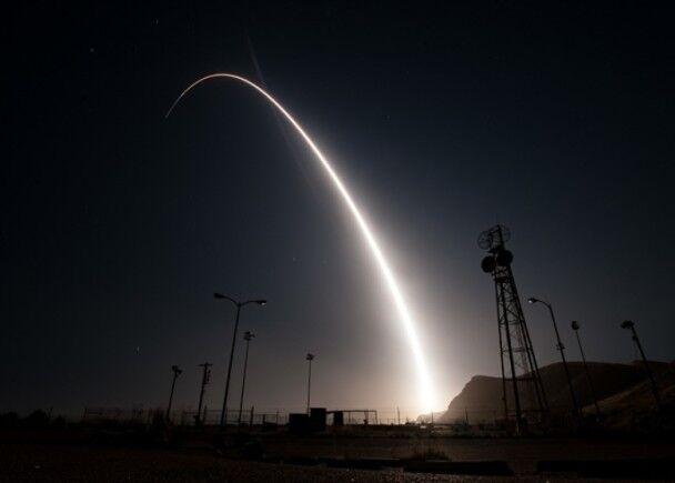 美试射洲际导弹被斥双重标淮!有意挑衅朝鲜?