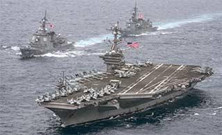 美航母与日军舰菲律宾海汇合