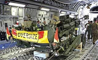 澳用大运运输最轻155榴弹炮