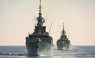 澳军舰离开中国就和加拿大联合巡航
