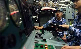 中国潜艇控制台原来是这样