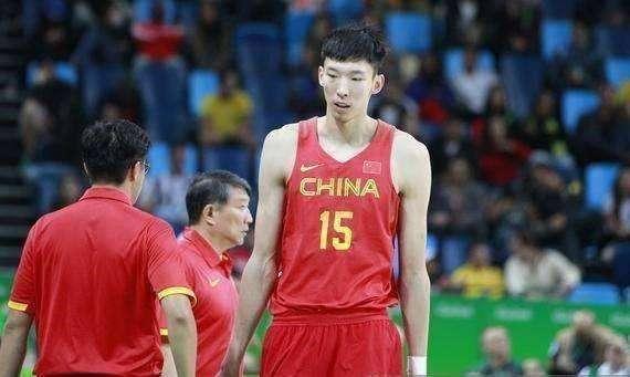 火箭高层透露周琦即将签约 成第六位登陆NBA的中国人